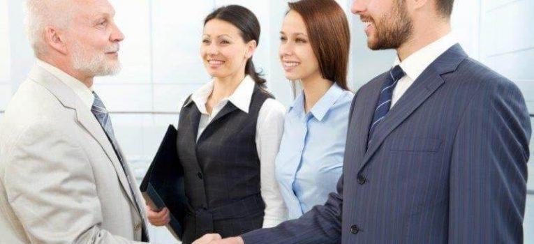 Curso de Etiqueta Social e Empresarial: Como se Portar e Se Vestir Bem em Todas as Ocasiões