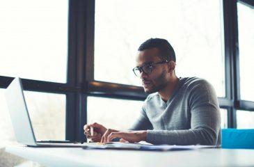 Cursos Profissionalizantes: Como Eles Aumentam Suas Chances na Área