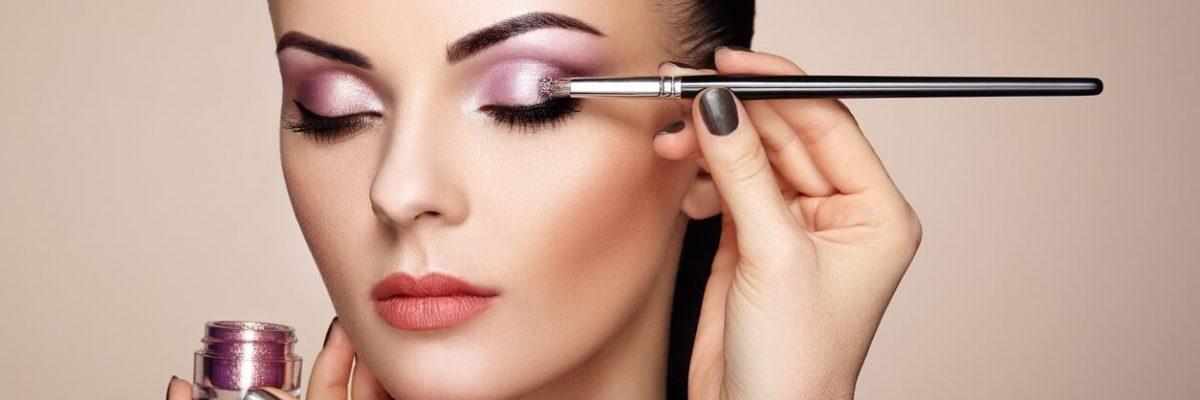 Curso de Maquiagem: Técnicas Simples e Eficazes