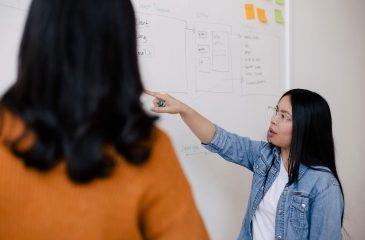 Atualização de professores: cursos para profissionais do ensino médio