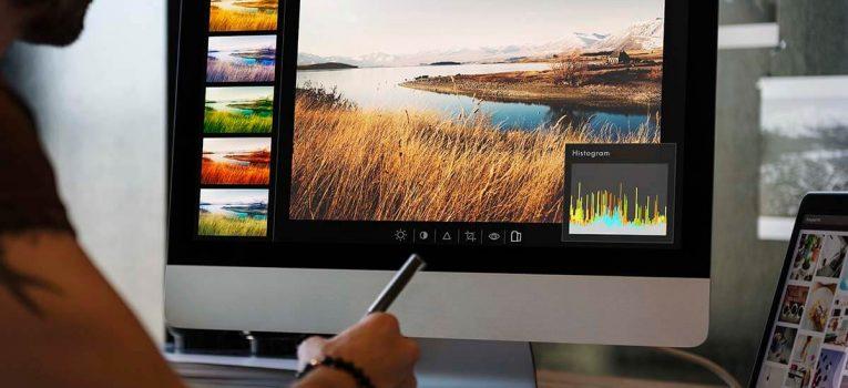 Quais as diferenças entre o Corel Draw e o pacote da Adobe?