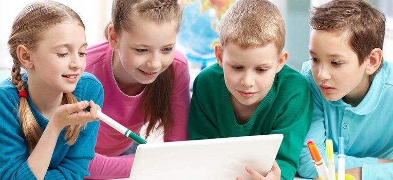 Tecnologia e alfabetização: veja como essa junção está mudando a educação