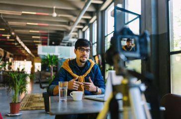 O que é e como fazer um vídeo currículo de forma criativa